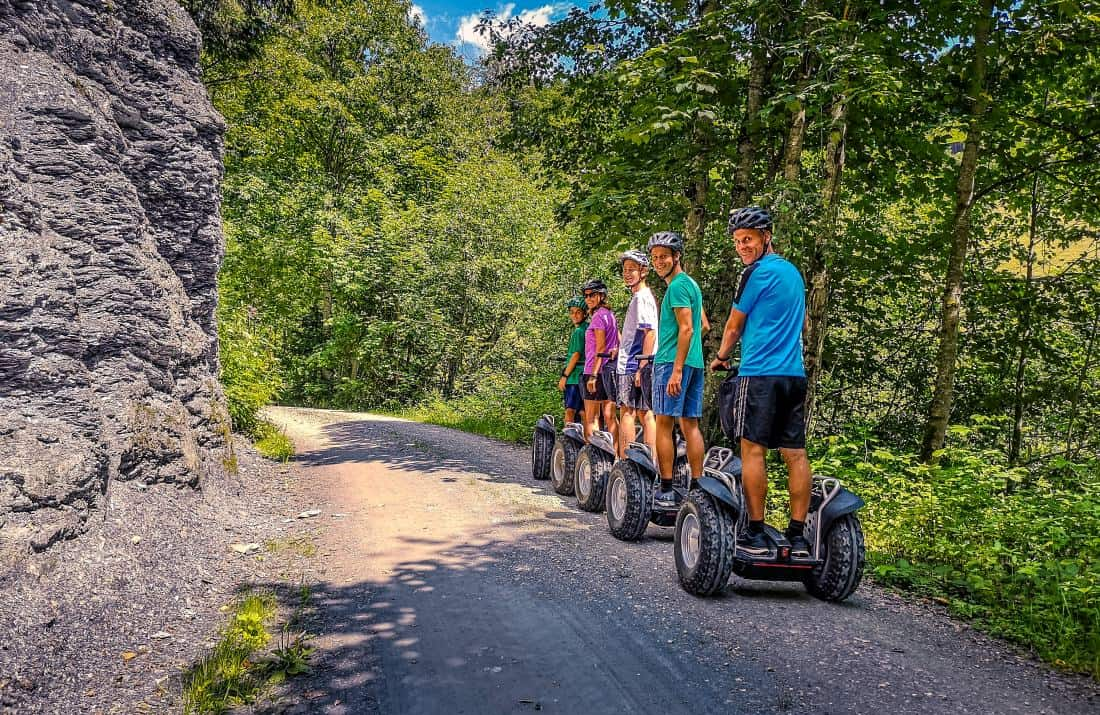 Segway Fahrer Gruppe im Windautal bei Westendorf