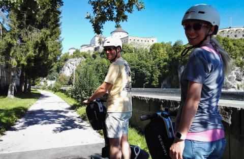 Zwei Segway Fahrer bei Schnupper Tour in Kufstein