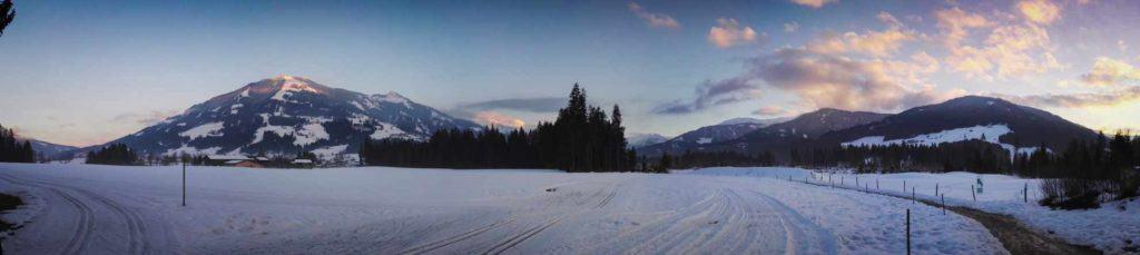 Abendstimmung im Winter in Westendorf Tirol